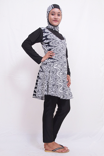 Muslimah Simsuit BD-013 (Black batik)-OUT OF STOCK-