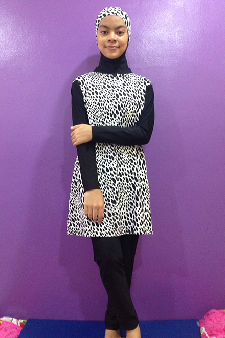 Baju Renang Muslimah - SBDP 004 (Black White)-OUT OF STOCK-